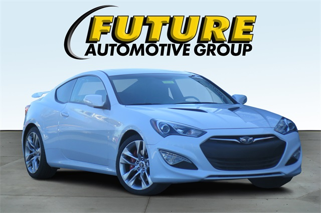 Pre Owned 2016 Hyundai Genesis Coupe 3 8 Ultimate