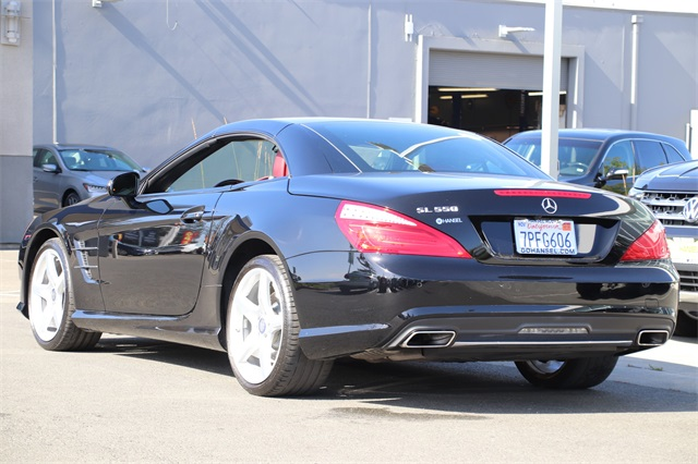 Pre-Owned 2016 Mercedes-Benz SL-Class SL 550